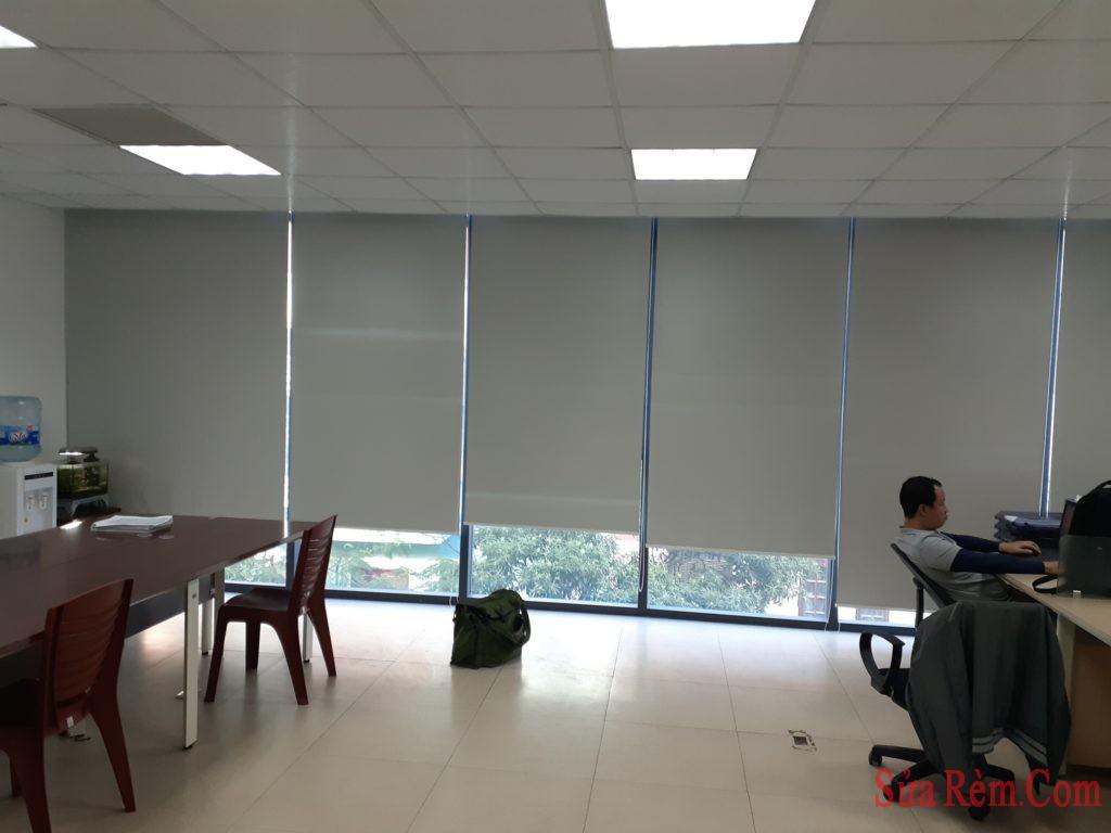 Sửa cửa rèm văn phòng tại hà nội