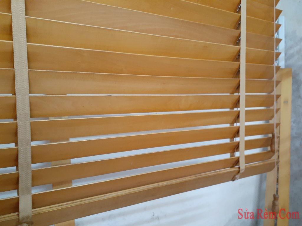 Sửa rèm gỗ kéo kẹt đứt dây